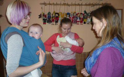 Porodní večírek 4 – Nosící setkání